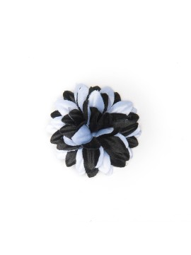 Black/White Daisy Boutonniere/Lapel Flower